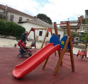 21.07 Wooden slide 2m